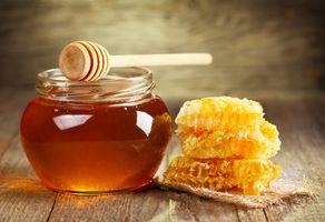 Мёд и соты · бесплатное фото