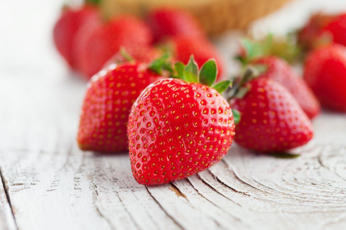 Фото бесплатно лето, ягоды, сочные, клубника, еда