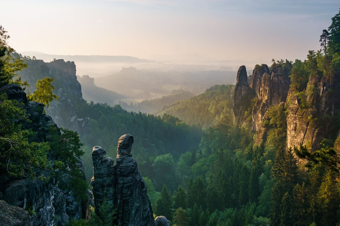 Фото бесплатно View into the Wehlgrund, close to Kurort Rathen, Saxon Switzerland National Park - на рабочий стол