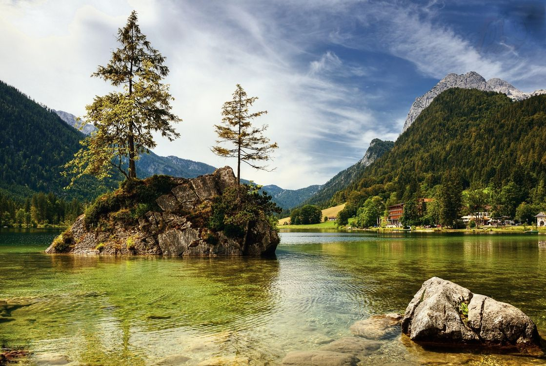 Фото бесплатно Hintersee, озеро, облака, сельская местность, отражение, Bavaria, горы, скалы, деревья, остров, пейзаж, пейзажи