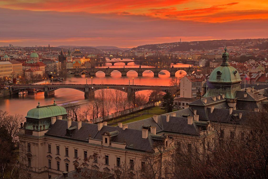 Обои мосты, город, река Влтава картинки на телефон