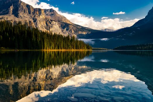 Бесплатные фото лес,гора,небо,озеро,горный хребет,страна,сельских,размышления,сценический,фьорд,резервуар,национальный парк