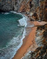 Бесплатные фото море, свет, океан, природа, побережье, скала, пляж