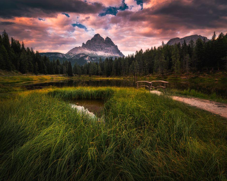 Фото бесплатно Доломитовые Альпы, Италия, Доломиты, озеро, горы, закат, небо, облака, природа, пейзаж, пейзажи