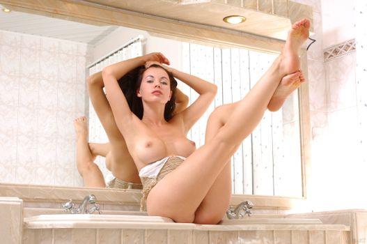 Бесплатные фото Dana A,эротика,голая девушка,обнаженная девушка,позы,поза,сексуальная девушка,Nude,Solo,Posing,Erotic,фотосессия