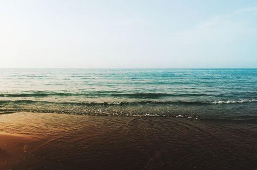 Заставки океан, горизонт, волны