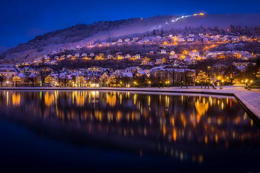 Photo free illumination, night, Bergen