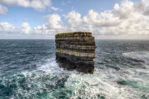 Заставки Dun Briste Sea Stack, Downpatrick Head, Ballycastle, County Mayo, Ирландия, море, небо, волны, скала, пейзаж