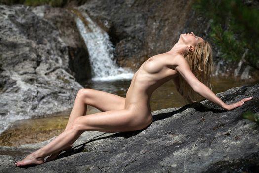 Photo free model, waterfall, rock