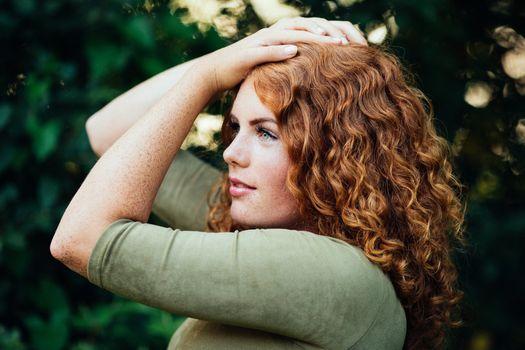 Фото бесплатно модель, веснушки, зеленые глаза