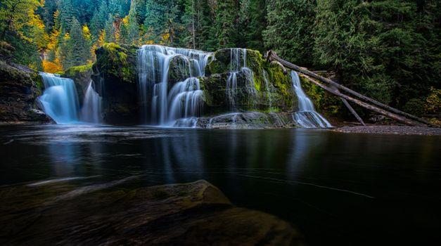 Бесплатные фото Waterfall in Washington State,Lower Lewis River Falls,Columbia River,водопад,лес деревья,скалы,природа,пейзаж