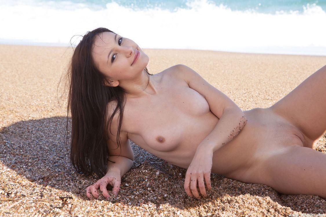 sexy-albania-girl-naked-fucked-trip