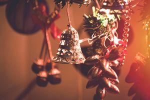 Бесплатные фото рождество,колокольчик,рождественские украшения,легкий,осветительные приборы,мероприятие,рождественский орнамент
