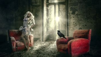 Фото бесплатно девушка, ворон, комната, кресло, мистический, фантазия, art