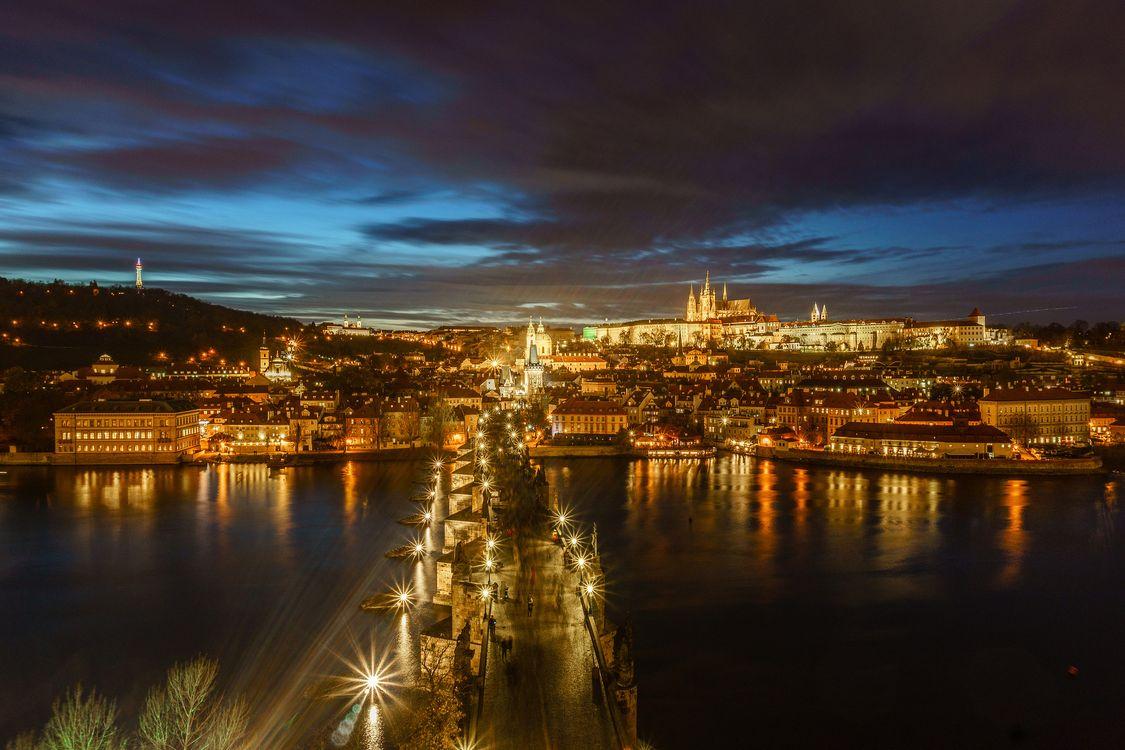 Ночной мост в Праге · бесплатное фото