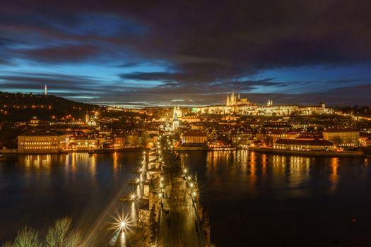Ночной мост в Праге