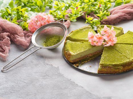 Cake Green meadow · free photo