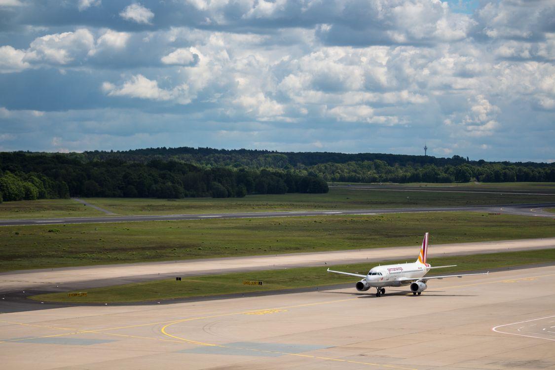 Фото бесплатно Кельн, аэропорт, Airbus, облако, авиация