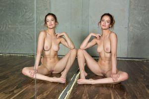 Бесплатные фото Dakota Burd,красотка,голая,голая девушка,обнаженная девушка,позы,поза