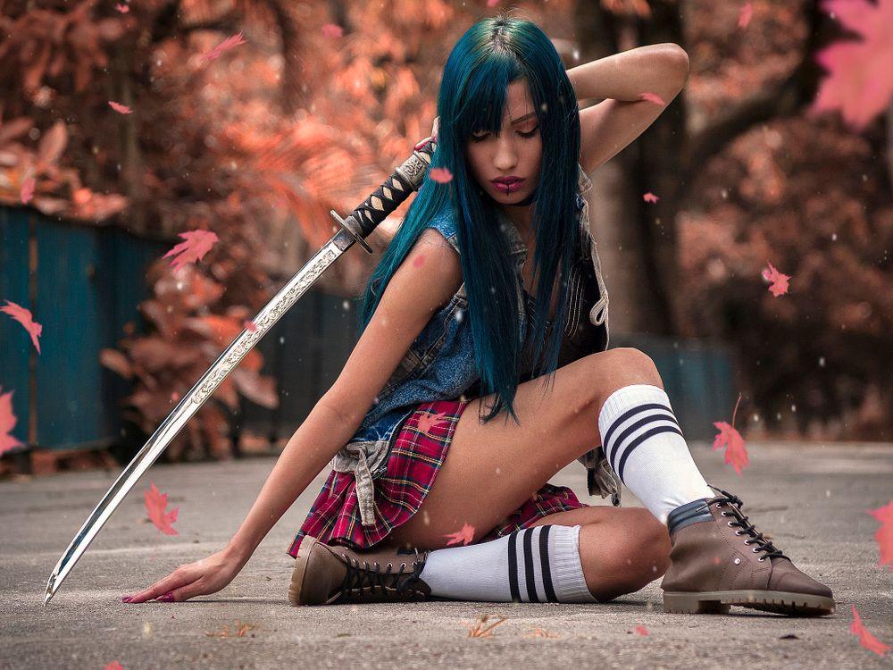 Фото бесплатно Девушка-самурай, позирует, киска - на рабочий стол