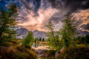 Бесплатные фото Доломитовые Альпы,Италия,горы,озеро,деревья,закат,природа