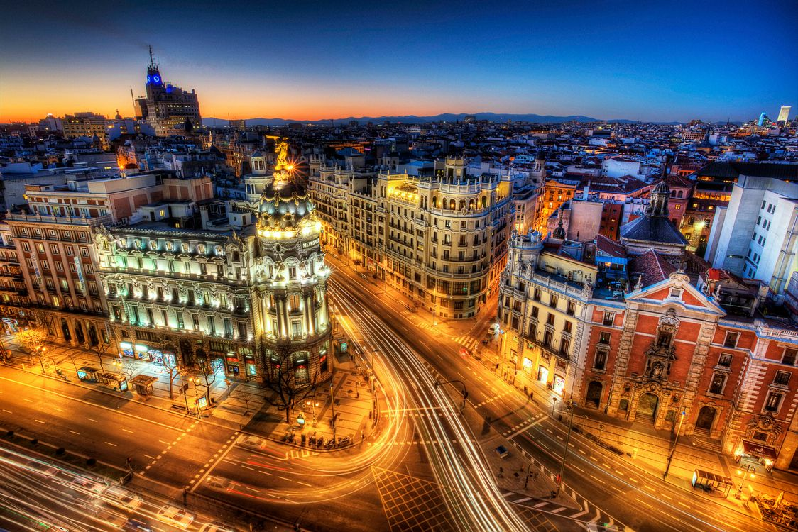 Обои Calle Gran Via, дома, Madrid картинки на телефон