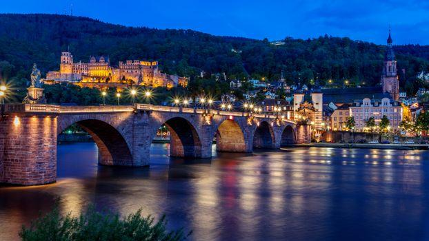 Ночь в Германии · бесплатное фото