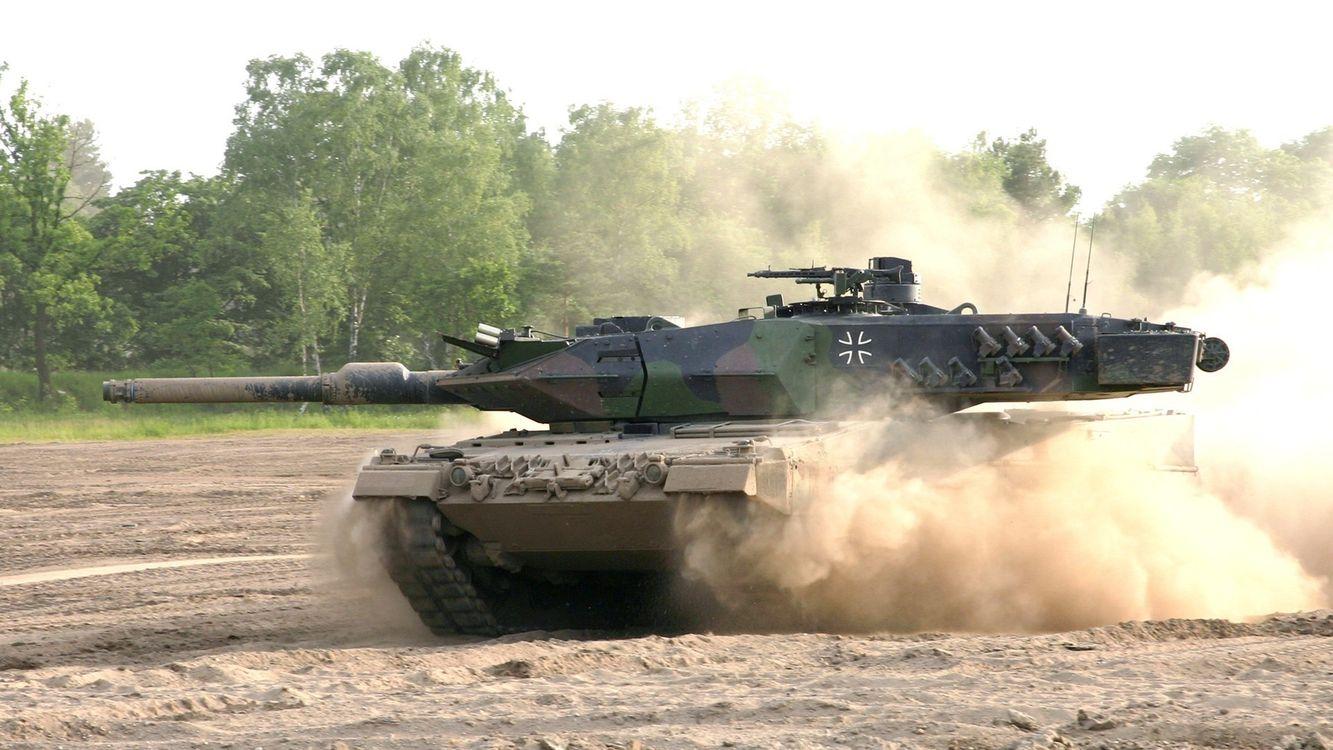 Фото Танк леопард полигон - бесплатные картинки на Fonwall