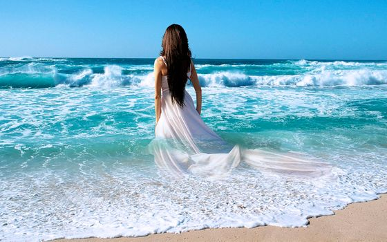 Photo free girl in dress, waves, girl