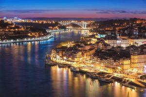 Photo free lights, architecture, Porto
