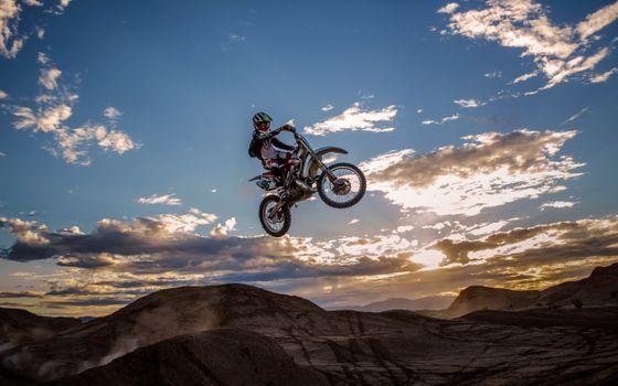 Фото бесплатно байк, мотоцикл, прыжок