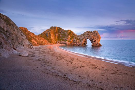 Бесплатные фото Дорсет,Ла-Манш,Durdle Door,Англия,море,берег,скала,арка,пляж,небо,пейзаж