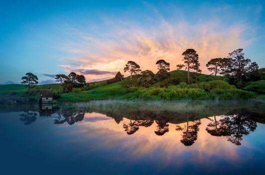 Фото бесплатно холм, дом, озеро