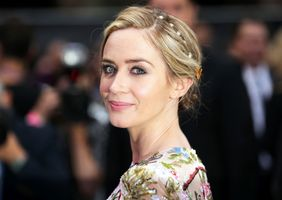 Photo free Emily Blunt, blonde, actress