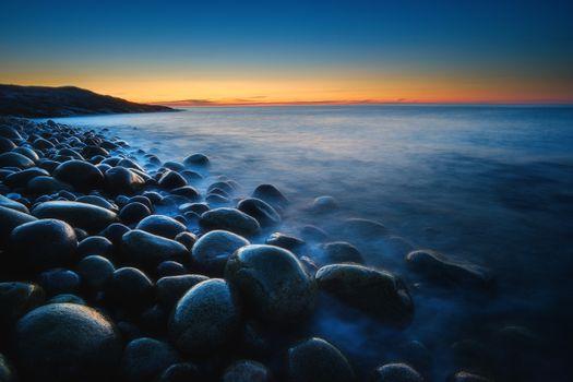 Камни на побережье Баренцева моря · бесплатное фото