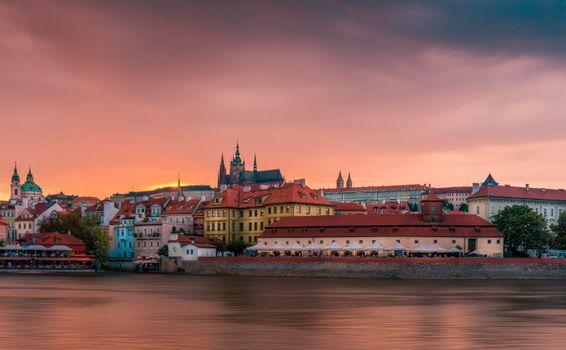 Заставки Чехия, Пражский Град, рассвет