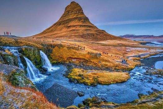 Бесплатные фото Kirkjufell Mountain,Grundarfjorour,Гора Киркьюфелл,Исландия,водопад,пейзаж