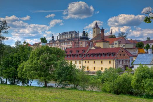 Castle in the village of What is on the sázava river · free photo