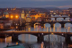 Бесплатные фото Vtalva,Bridges,Прага,Чехия,ночь,мосты,иллюминация
