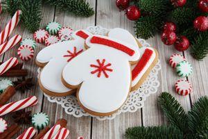 Фото бесплатно глазурь, десерт, пряники, тарелка, декор, праздник, выпечка