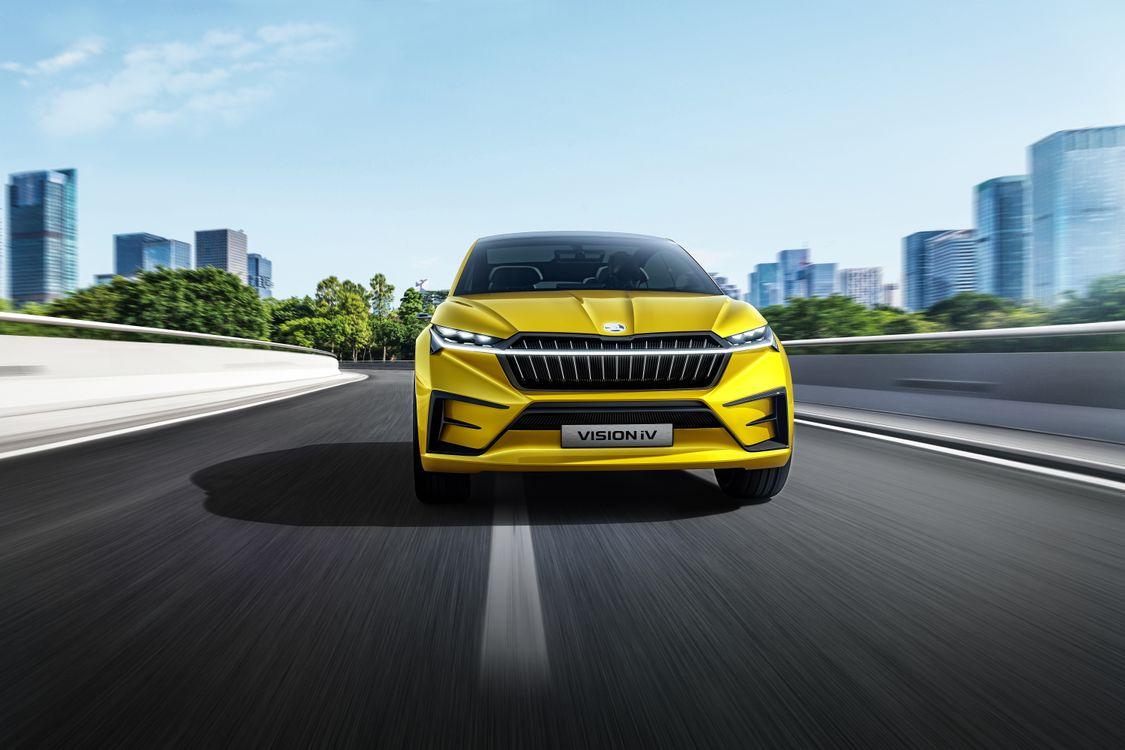 Фото бесплатно видение IV Skoda, желтые машины, дороги - на рабочий стол