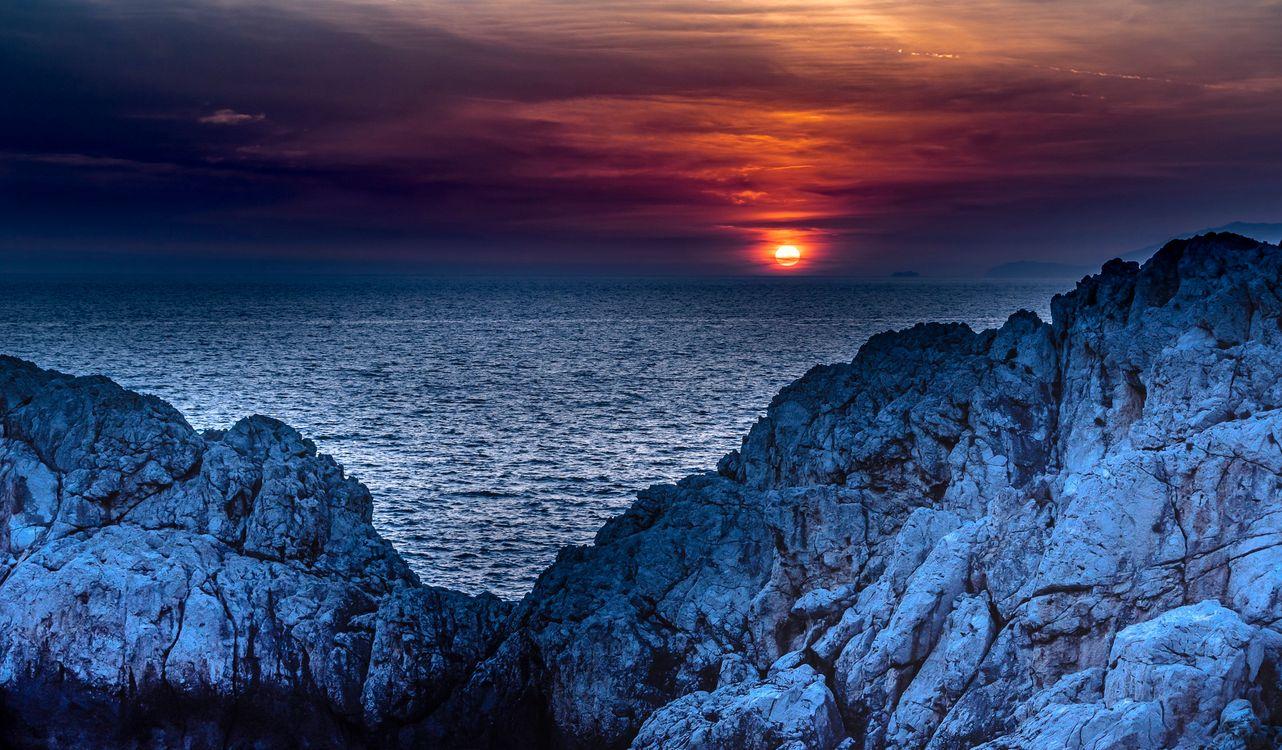 Фото бесплатно Sunset Phare by Punta Carena, Капри, Италия - на рабочий стол