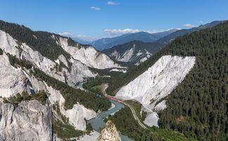 Бесплатные фото train,RegioExpress,Ruinaulta canyon,Switzerland