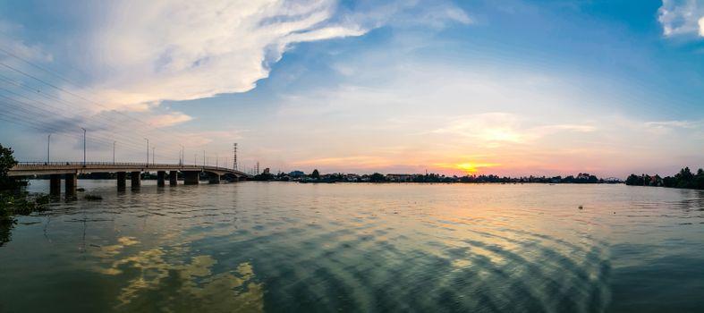 Бесплатные фото река,небо,размышления,водный путь,воды,водное пространство,горизонт,облако,закат солнца,море,вечер,смеркаться