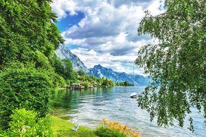 Бесплатные фото Гмунден,дома,Зальцкаммергут,Австрия,горы,деревья,вода