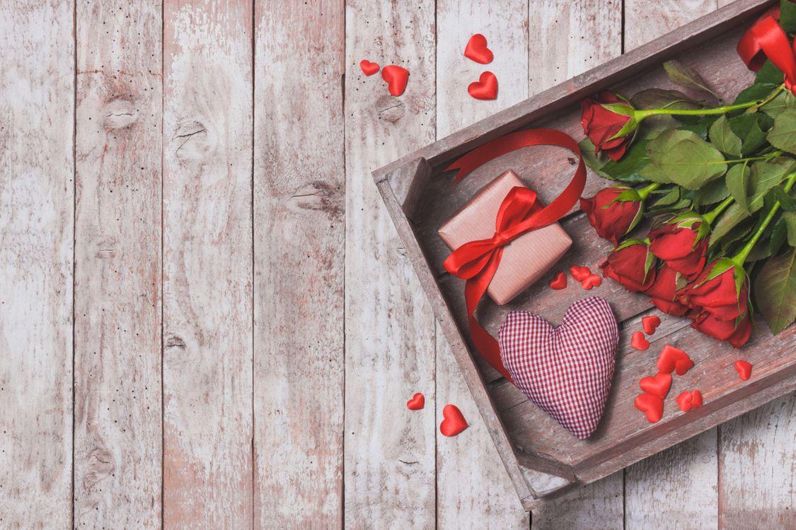 Фото бесплатно деревянный пол, розы, букет - на рабочий стол