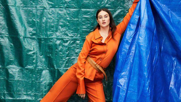 Download Shailene Woodley, celebrities, girls from fonwall photo site