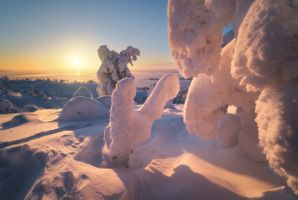 Снежные скульптуры Заполярья · бесплатное фото