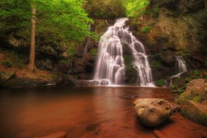 Бесплатные фото Spruce Flats Falls,Great Smoky Mountains National Park,водопад,скалы,деревья,природа,пейзаж