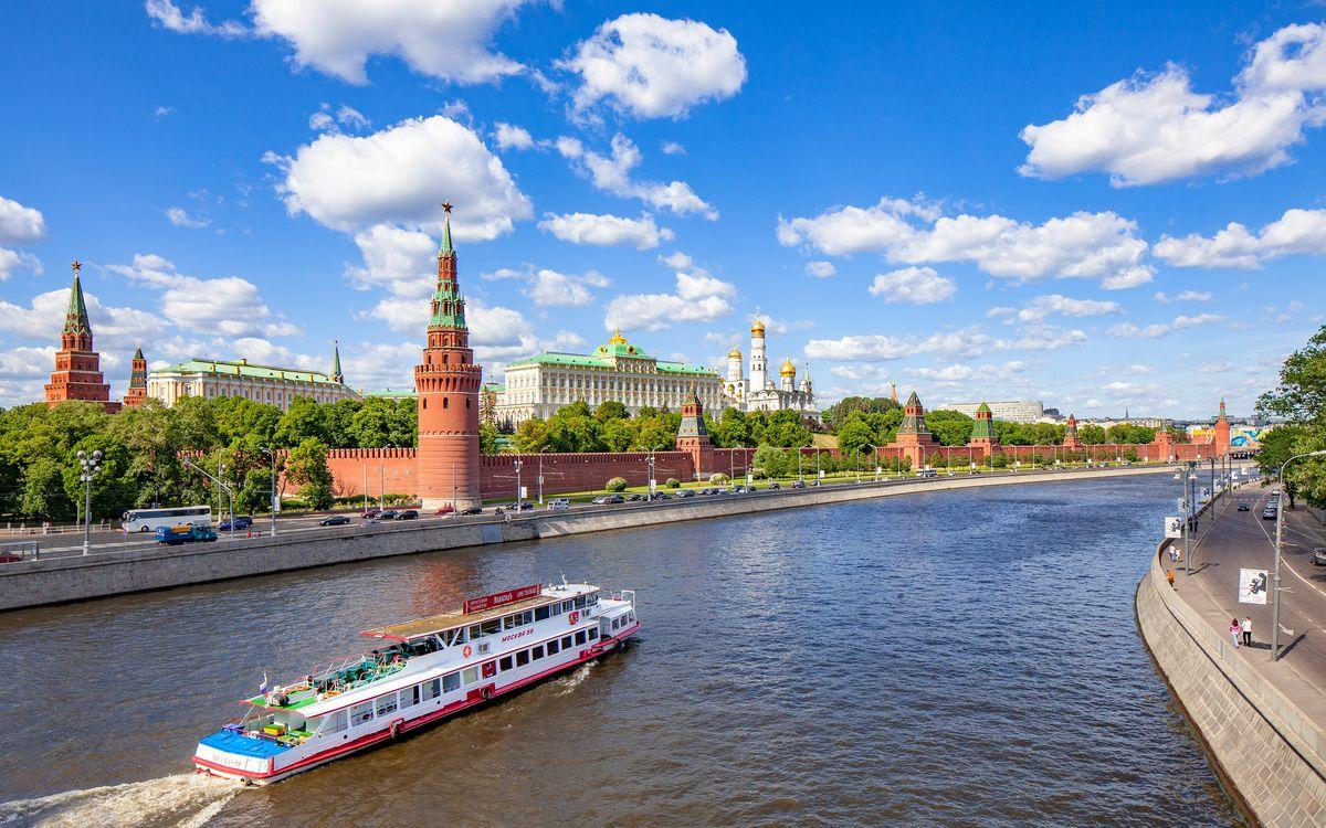 Обои Москва, Россия, Москва река, Московский кремль на телефон | картинки город